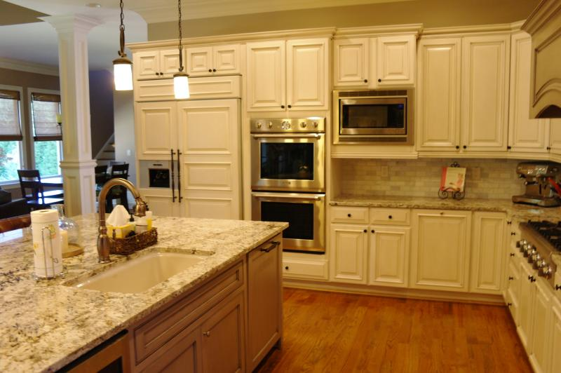 Create Your Dream Kitchen With Kitchen Cabinet Refinishing,Cabinet  Refacing, Or A Brand New Kitchen.